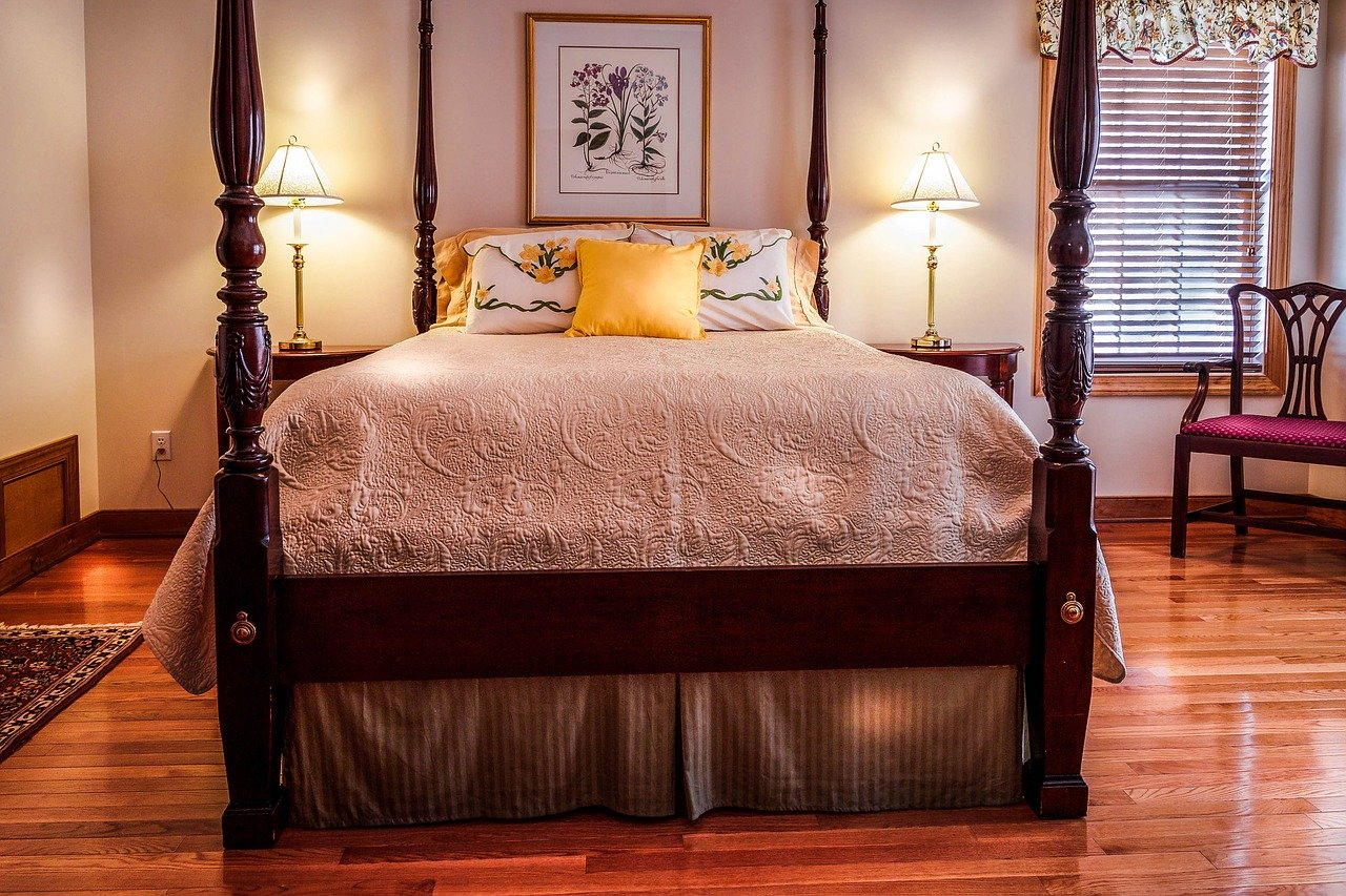 bedroom, bed, four poster